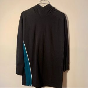 NWT Under Armour Heat Tech Black Teal Top Size XS